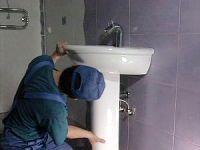 Замена умывальника тюльпан в ванной