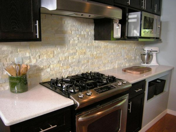 Ремонт кухни под камень