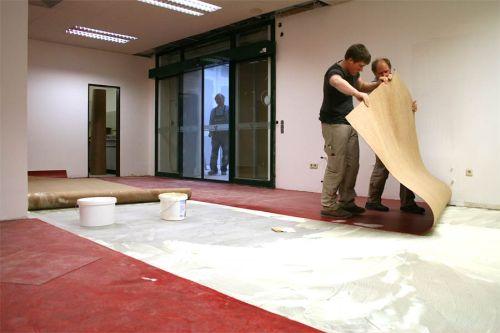 Укладка линолеума на бетонный пол